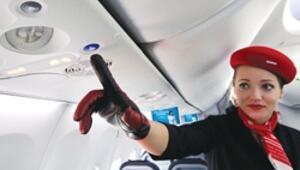 Uçakta düğme karmaşası çözülüyor
