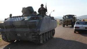 Suriye sınırında 18 asker yaralandı