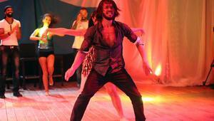 Hilmi Cemin Yok Böyle Dans performansı | Survivor All Star izle