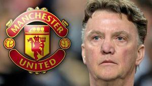 Manchester Uniteddan bomba üstüne bomba