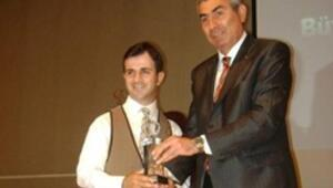 Büyük Ödülün sahibi jokey Yavuz
