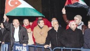 Erdoğan'a miting gibi karşılama