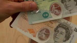 Kağıt para yerini plastiğe bırakıyor