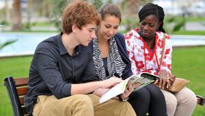 35 yabancı öğrenci Türkçe öğrenecek