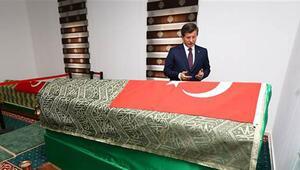 Suriye'den Başbakan Davutoğlu'na 'Süleyman Şah' tepkisi