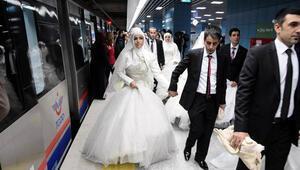 Eğlenceli ve ilginç düğün kutlaması: gelin fiyatı için yarışmalar