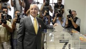 Galatasarayda Aysal yeniden Başkan