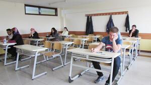 Dershaneler eğitime devam ediyor