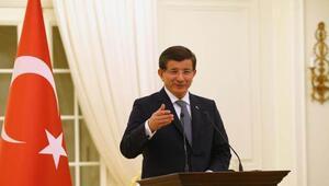 Başbakan Davutoğlu, iş dünyası ve çalışma hayatı temsilcileri ile biraraya geldi