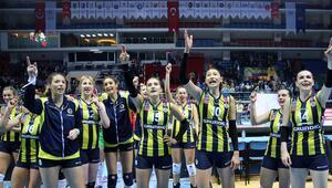 Fenerbahçe Grundig: 3 - Impel: 0