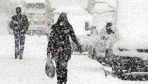Bolu Dağı'nda TEM Ankara istikameti saatlerce kapalı kaldı