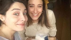 Hazal Kaya, Nur Fettahoğlunu unutmadı