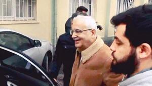 Gülen Cemaati'nin üst yönetimine operasyon: 67'si firarda 5'i gözaltında