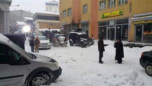 Diyarbakır'da polis DBP binasında arama yaptı: 2 gözaltı