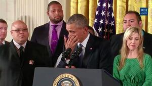 Obama gözyaşlarıyla silaha savaş açtı