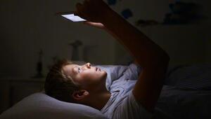 Teknolojik cihazlar çocukları nasıl etkiliyor