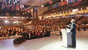 Kemal Kılıçdaroğlu 990 oyla 4. kez Genel Başkan