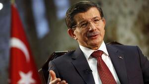 Başbakan Davutoğlu, ulusal medya kuruluşlarının sahipleri ile bir araya geldi