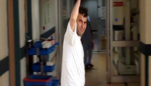Çift kol nakilli Mustafa Sağır uyandı