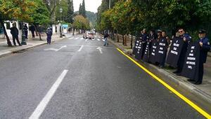 Yunan polisinden Başbakanlık önünde protesto