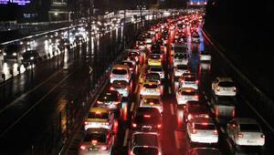 İstanbul'da trafik durma noktasında!