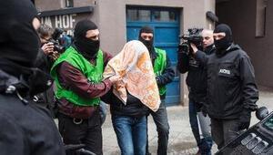 Almanya'da yakalanan Cezayirliler ile ilgili şok iddia!