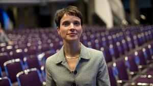Korkutan araştırma: Almanların 3'te 1'i Frauke Petry gibi düşünüyor