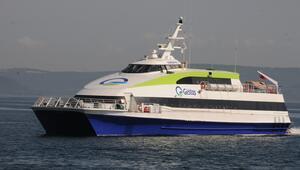 Çanakkale'den Gökçeada'ya deniz otobüsü seferleri başladı