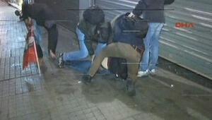 """HDP'nin Galatasaray Meydanı'ndaki """"Cizre"""" eylemine polis müdahalesi"""