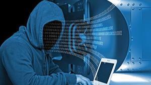 Türkiye'nin başı hacker'larla dertte