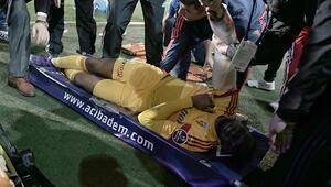 Samba Sowun kolu kırıldı