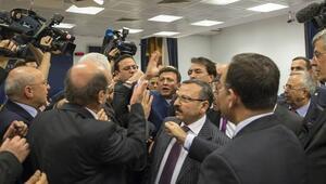 CHPli Mehmet Bekaroğlu ile AK Partili Hamza Dağ arasında tartışma