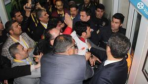 Tugay Kerimoğlu ile basın arasında gerginlik