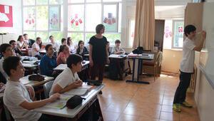 Öğrenciler ortaokula yetenek testiyle başlayacak