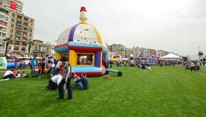 İzmir'de 23 Nisan şenlikle kutlanacak