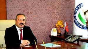 Giresun Üniversitesi Rektörü Coşkun göreve başladı