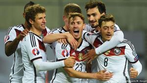 EURO 2016 öncesi tarihe geçen rakamlar
