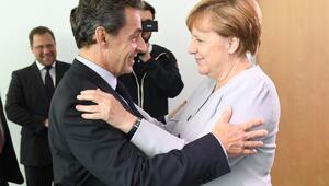 Sarkozyden Merkele: Türkiyenin ABye girmesi düşünülemez
