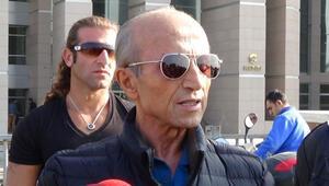 Ünlü İlahiyat Profesörü Yaşar Nuri Öztürk hayatını kaybetti Ölümündeki acı tesadüf...