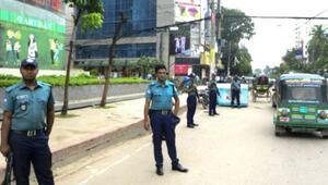 Bangladeşte bir Hindu rahip daha palayla öldürdü
