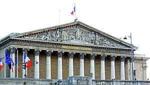 Fransada soykırım demeyene hapis cezası