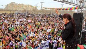 Eş Başkanlar'dan 8 Mart Dünya Emekçi Kadınlar Günü Mesajı