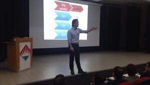 Bahçeşehir'de 'Eğitimde Doğru Bildiğimiz Yanlışlar' Semineri