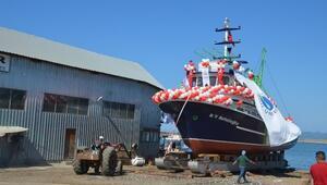 Kefelioğlu Araştırma Gemisi Törenle Denize İndirildi