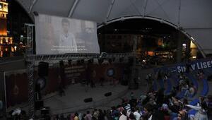 Pursaklar'da Ramazan'da Açık Hava Sineması Büyük İlgi Görüyor