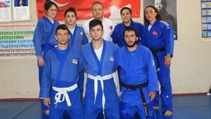 İşitme Engelli Judocular Avrupa Şampiyonasına Hazırlanıyor
