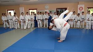 Dünyaca Ünlü Judocu Osmangazi'de