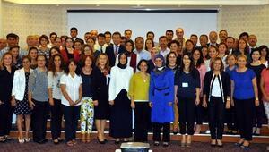 Aydın'de Okul İdarecileri Ve Öğretmenlere Dengeli Beslenme Anlatıldı