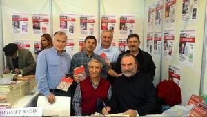 İstanbul Kitap Fuarı'ndan Dr. Nedim İnce Geçti