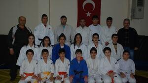 Adıyamanlı Judocular Türkiye Şampiyonası'na Hazırlanıyor